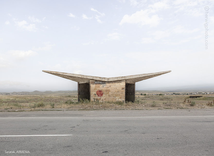 strange-beautiful-bus-stops-soviet--christopher-herwig-25