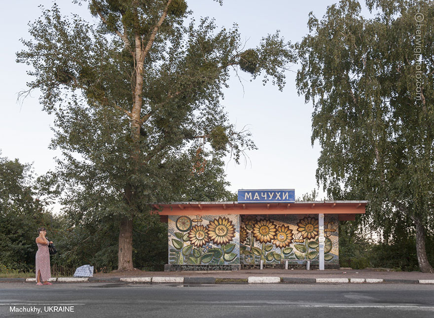 strange-beautiful-bus-stops-soviet--christopher-herwig-3