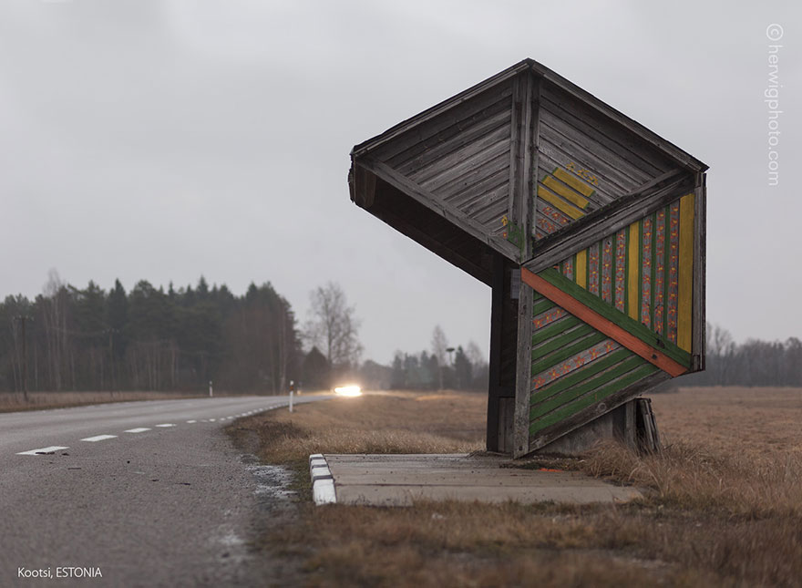 strange-beautiful-bus-stops-soviet--christopher-herwig-41