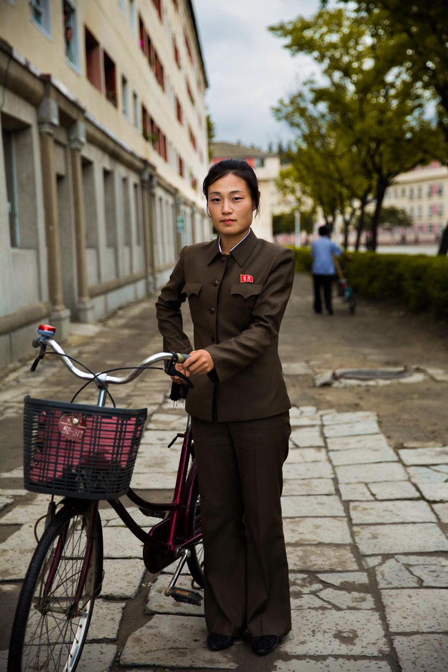 I Photographed Women In North Korea To Show That Beauty Is Everywhere