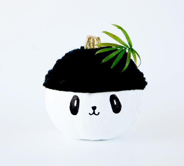How To Make A No-Carve Panda Pumpkin For Halloween