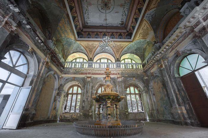 Abandoned Neptune Thermal Baths In Baile Herculane, Romania
