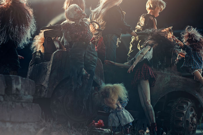 Photographer Gets Cinematic With Zombie Dolls, Takes Doll Pictures To A New Level