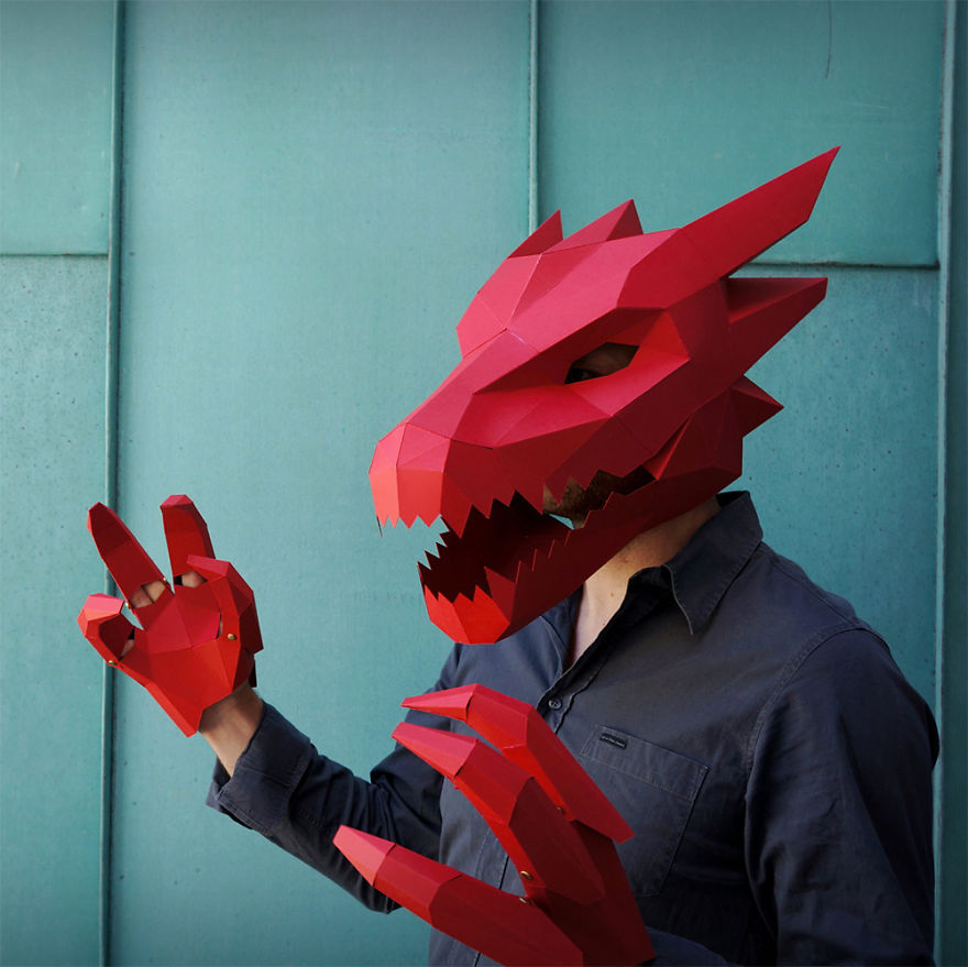 Dragon Mask With Claws