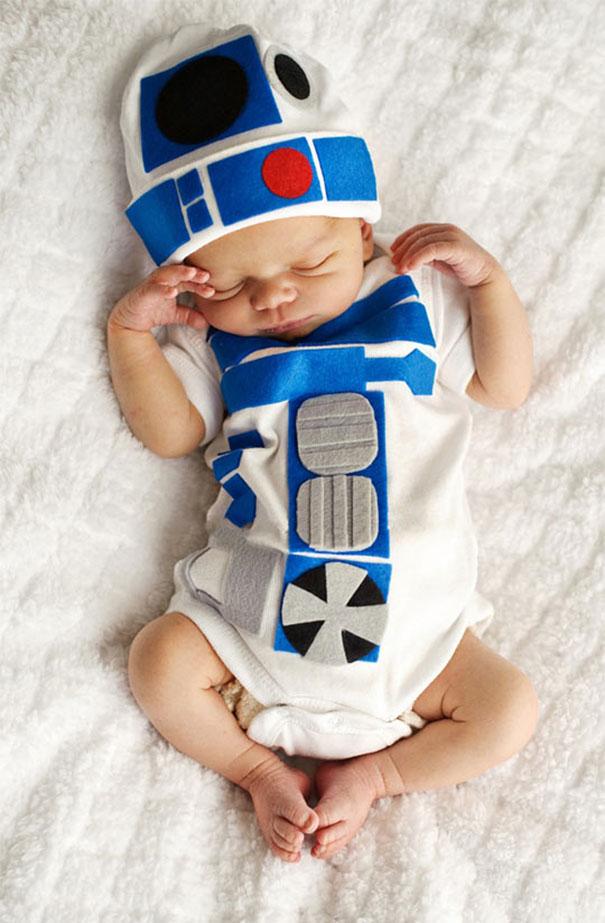 Baby R2-D2