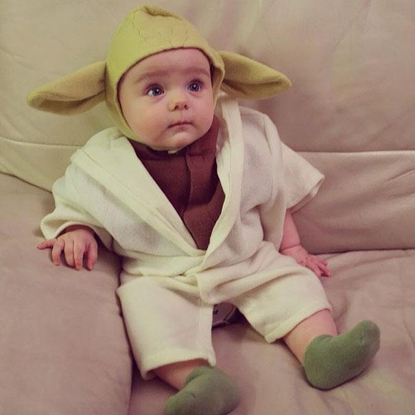 15 baby yoda - Baby Halloween Coatumes