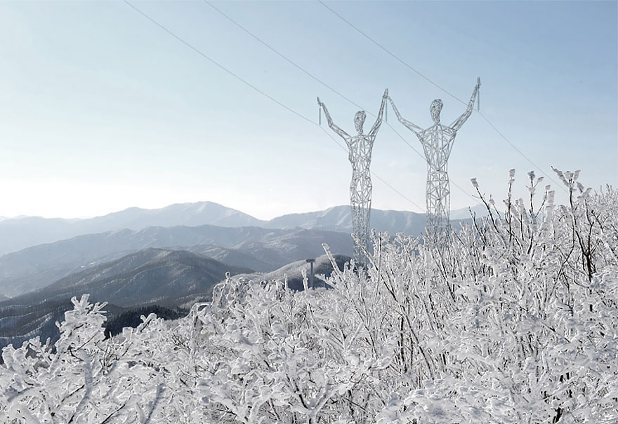 electricity-pylons-human-statues-choi-shine-6