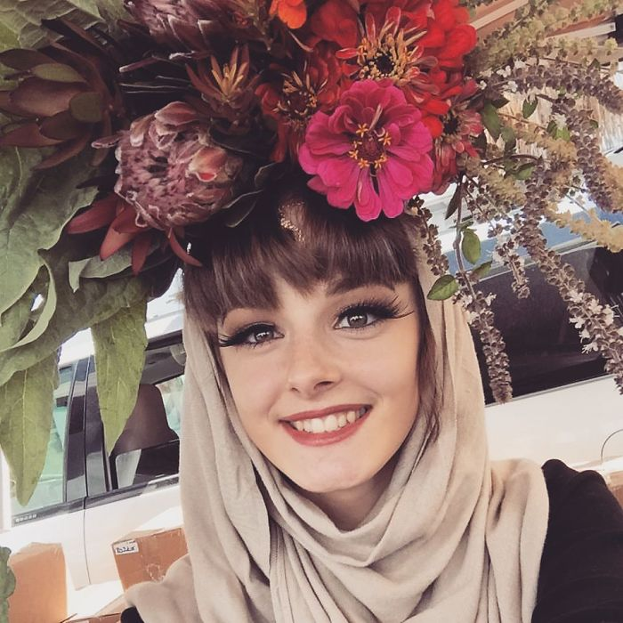Flower Farmer Grows Smiles By Putting Flowers On Strangers' Heads