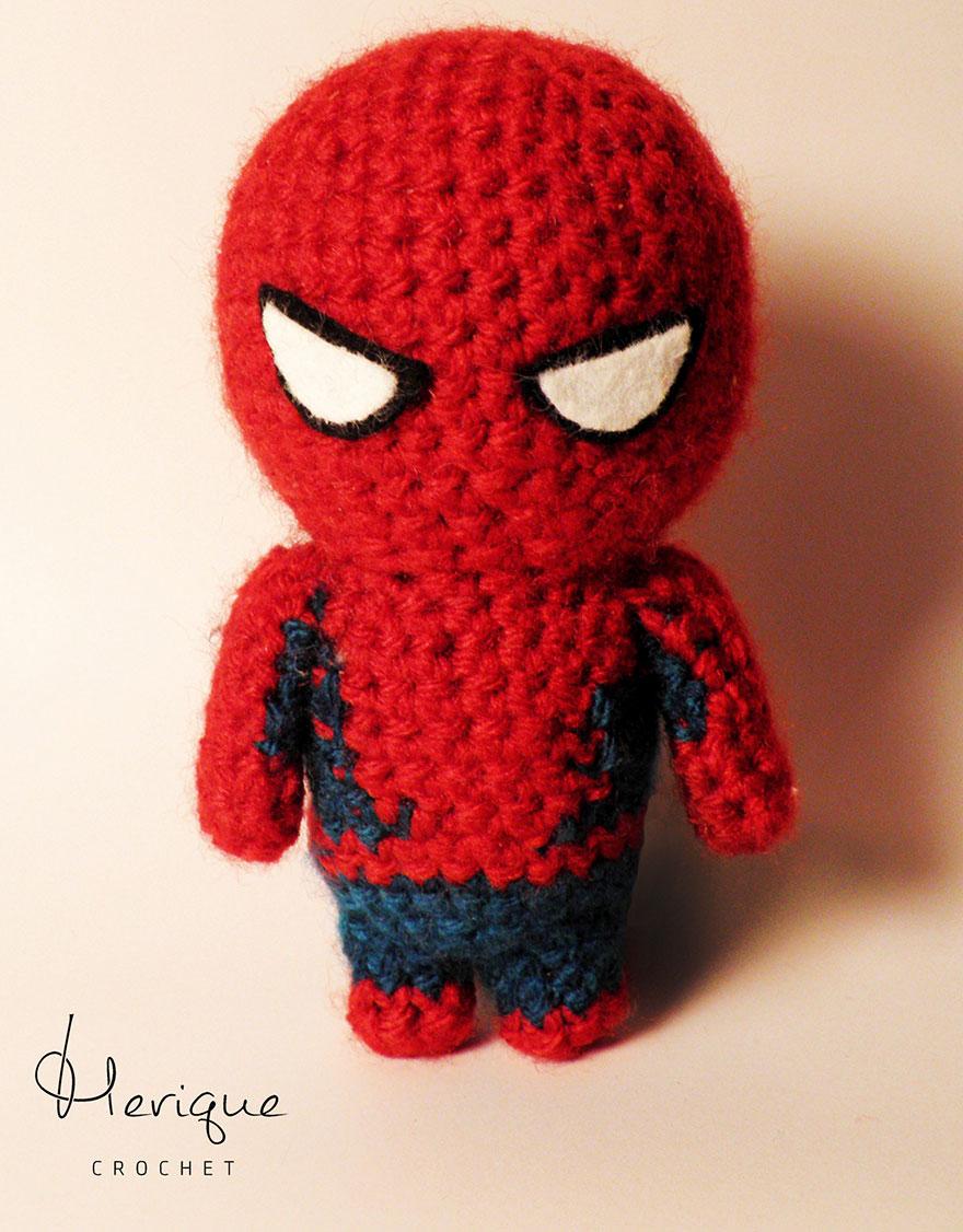 hand-made-crochet-superheroes-merique-crochet