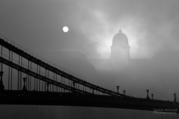 I Hunt For Fog To Capture Apocalyptic Photos Of Cities