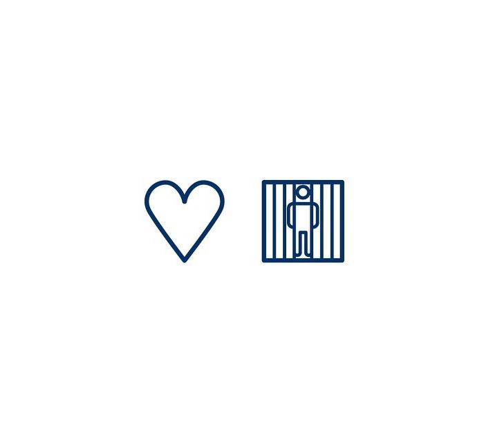 In Love (Ástfanginn) = Love + Captured