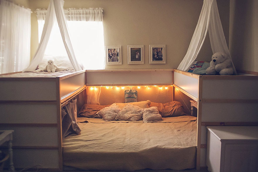 Ikea hack bett  Mom Hacks IKEA Beds, Creating A Superbed That Fits All 7 Family ...