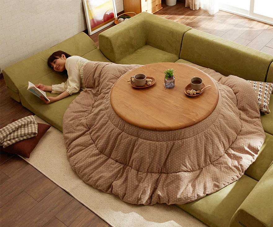 Never leave your bed again with this awesome japanese for Meuble japonais futon