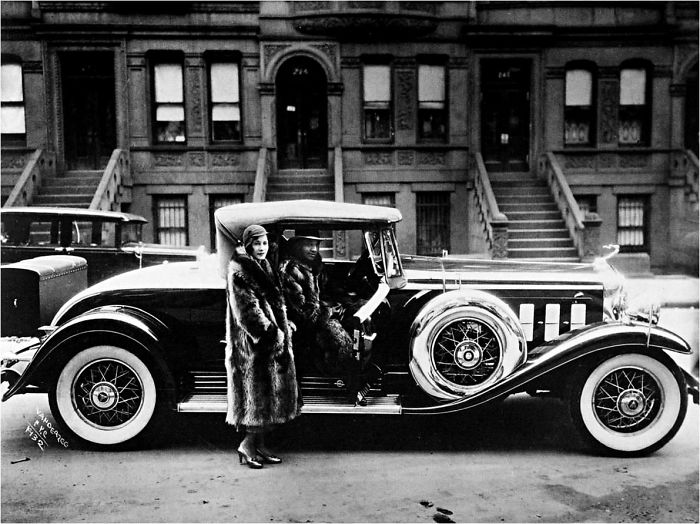 Couple With A Cadillac (1932)