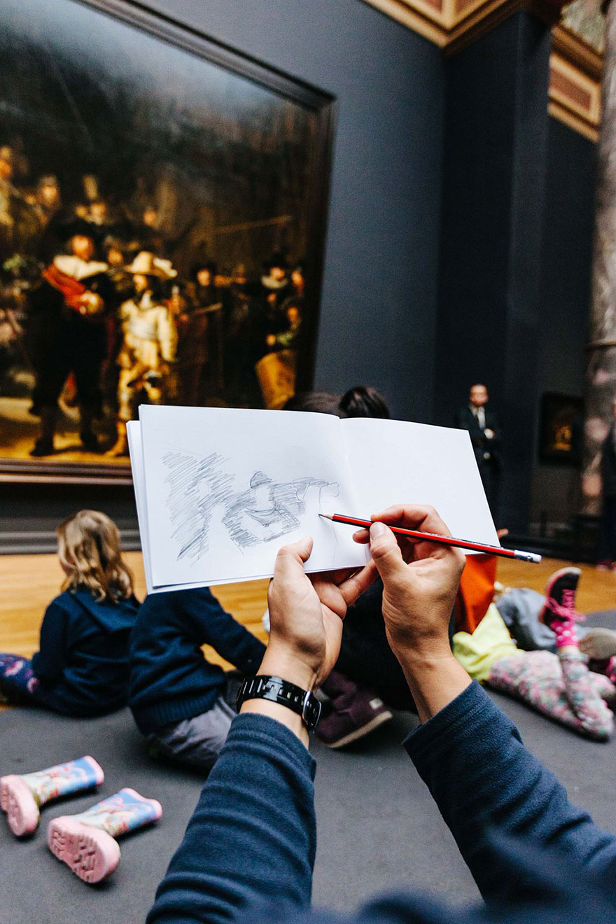 18museum-visitors-draw-artwork-start-drawing-rijksmuseum-18