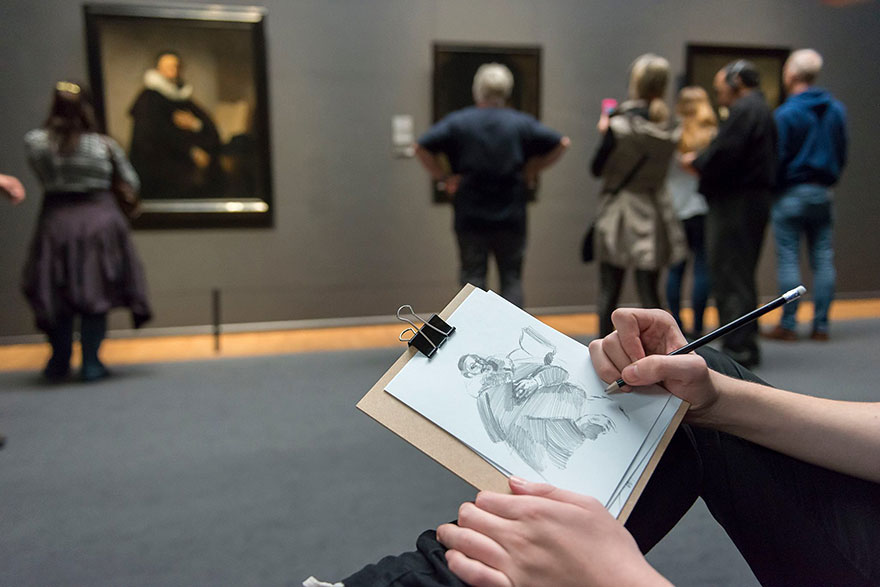 1museum-visitors-draw-artwork-start-drawing-rijksmuseum-1