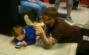Barber Goes Extra Mile To Conquer Autistic Boy's Fear Of Haircuts