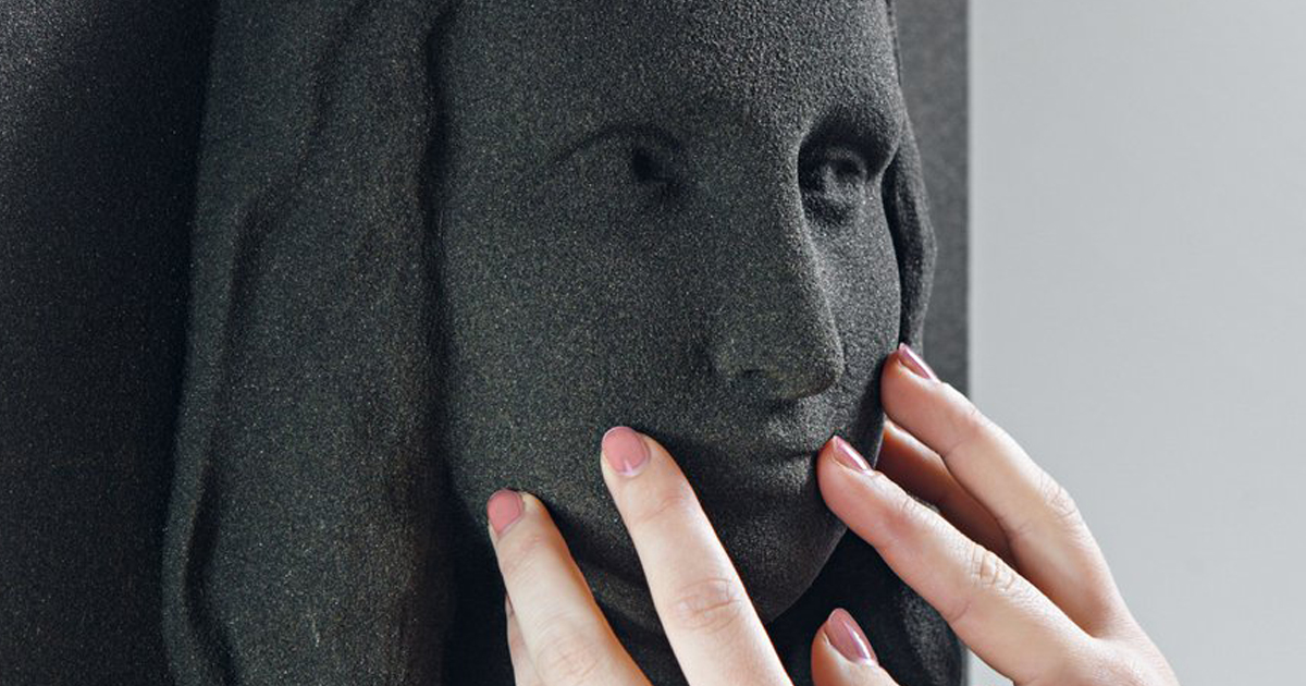"""3D-Printed Classical Paintings Will Let The Blind """"See"""" Famous Art For The First Time"""