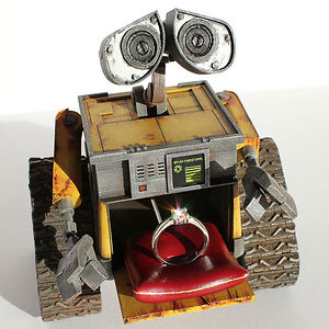 Wall-e Ring Box