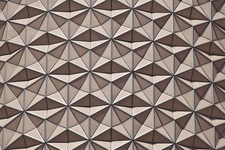 geometric-sun-shades-al-bahar-towers-abu-dhabi-24