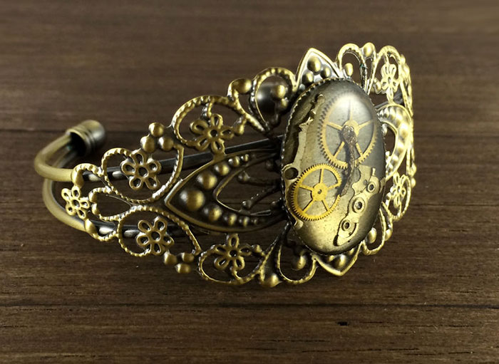 I Turn Old Watch Parts Into Steampunk Jewelry