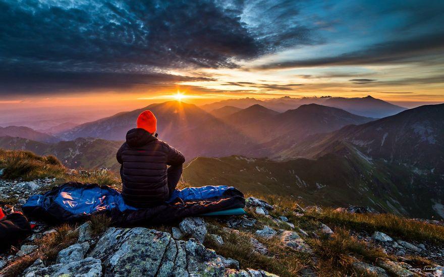 I Am Addicted To Mountains And Sunrise