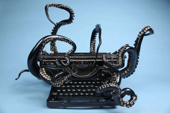 I Remade My Old Typewriter Into An Octopus To Explore Higher Ideas