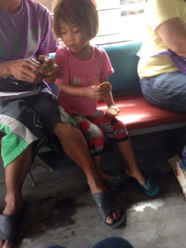 My Daughter Trisha Gave Her Cookies To This Little Girl Begging For Alms On The Jeepney.