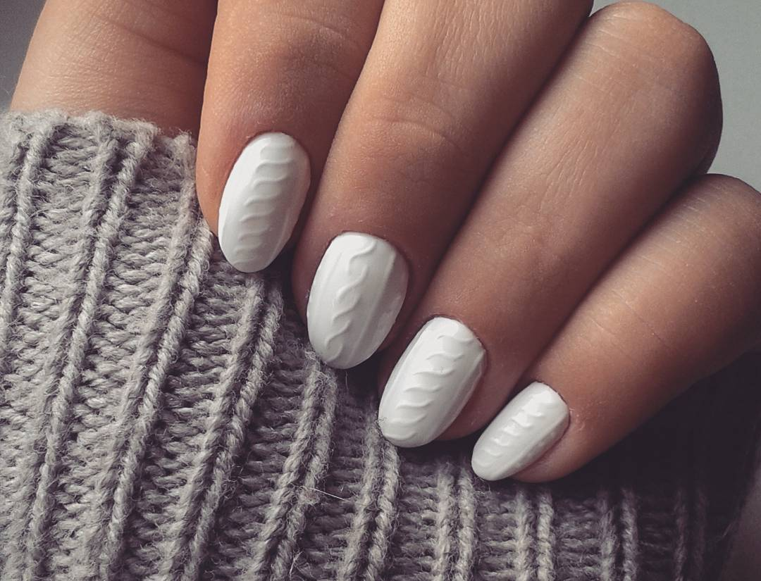 Cozy Knit Nail Trend Matches Perfectly With Your Winter Sweater