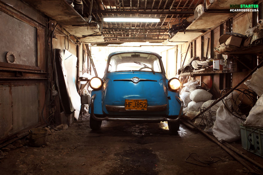 Photographer Traveled Across Cuba To Capture The Most Interesting Cars On The Island
