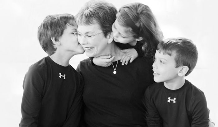 I Captured The Indescribable Love Between Children And Grandparents
