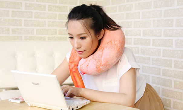 shrimp-pillow-real-cushion-japan-6