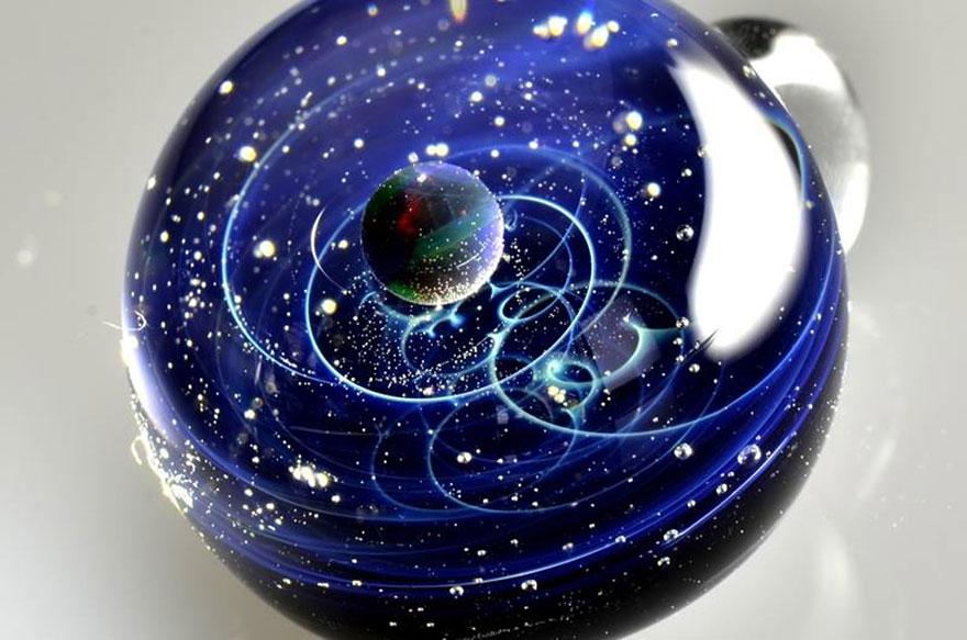 space-glass-planets-galaxies-stars-pendants-satoshi-tomizu-25