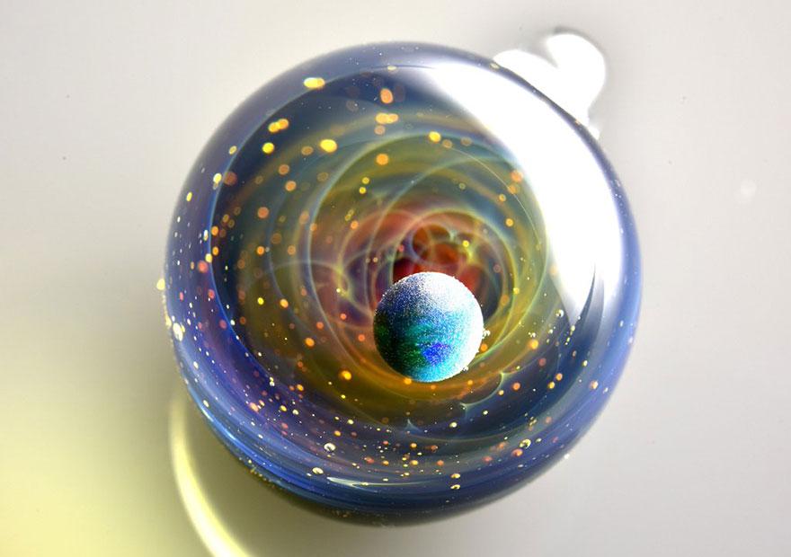 space-glass-planets-galaxies-stars-pendants-satoshi-tomizu-8