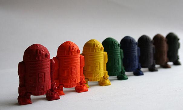 R2-D2 Mini Crayons