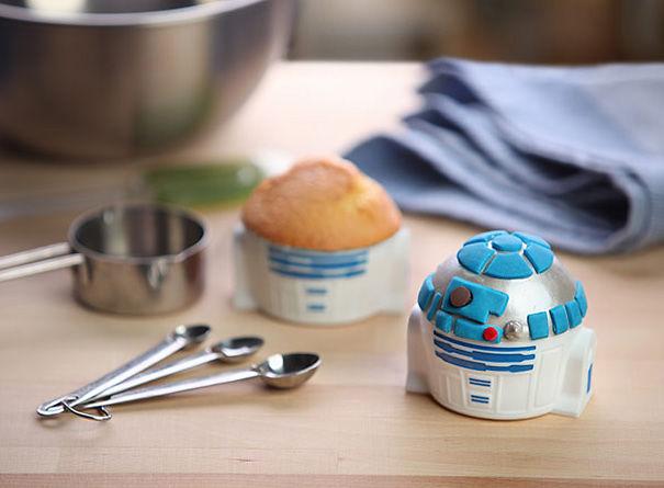 R2-D2 Cupcake Pan