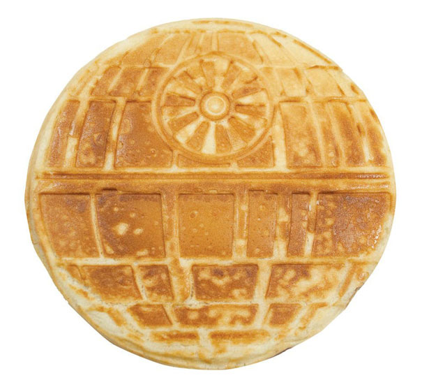 star-wars-waffle-iron-think-geek-3