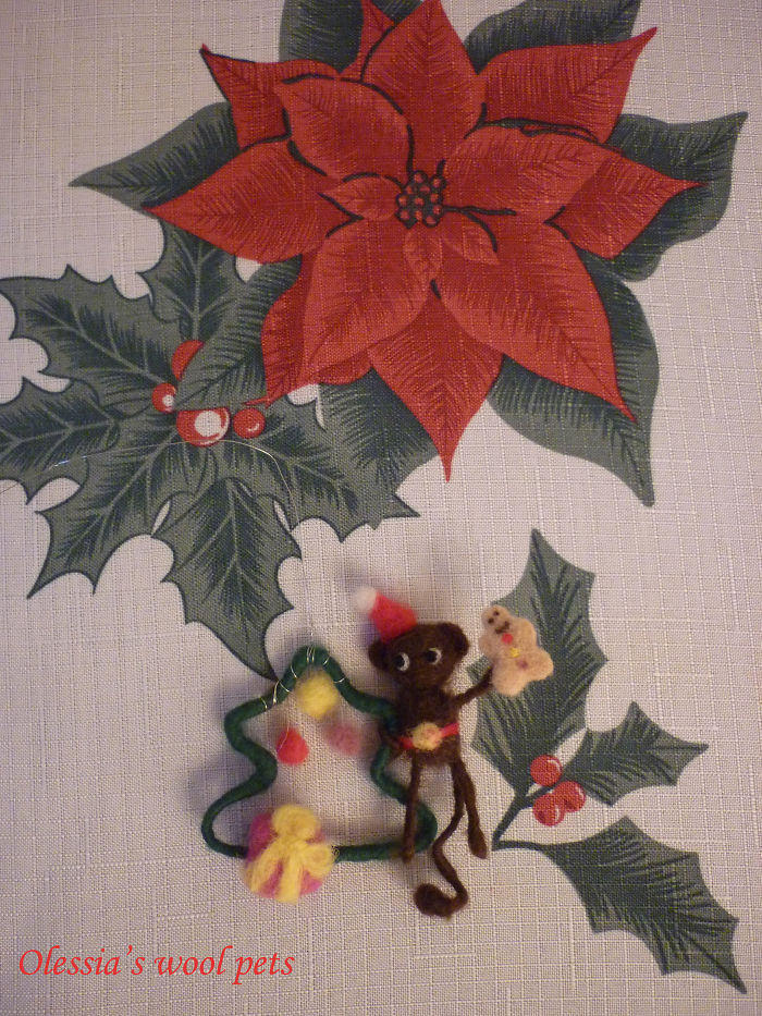 Little Christmas Tree And Monkey