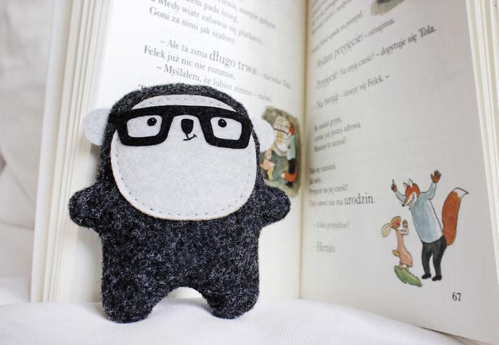 Bambak Bookworm