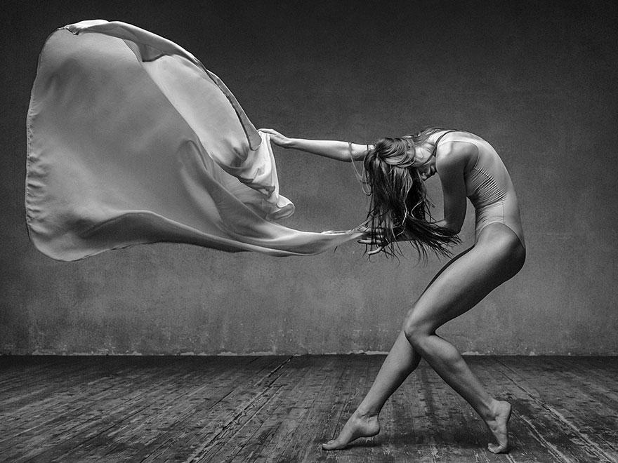ballet-dancer-flour-photography-alexander-yakovlev-11