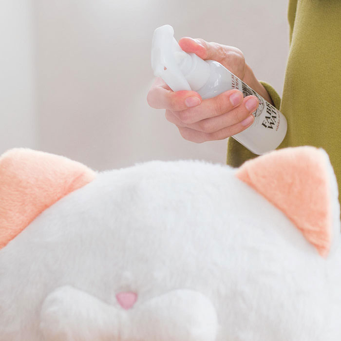 cat-head-smell-spray-felissimo-japan-2