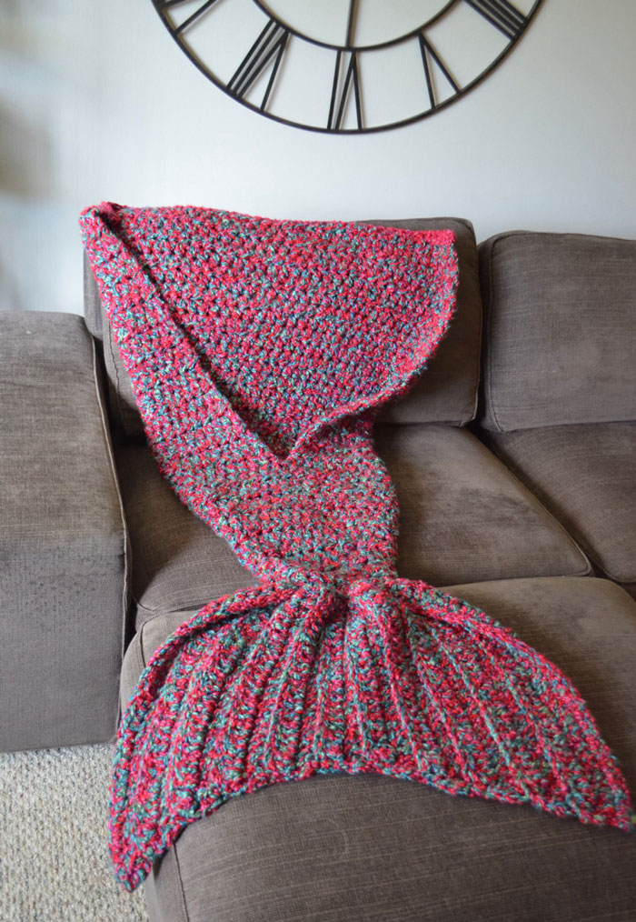 crocheted-mermaid-tail-blankets-melanie-campbell-7