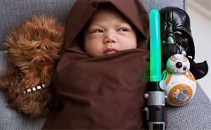 Mark Zuckerberg's Baby Dressed As Jedi Inspires People To Share Their Star Wars Babies