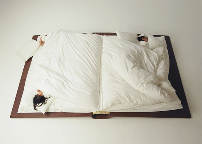 Book-Shaped Bed