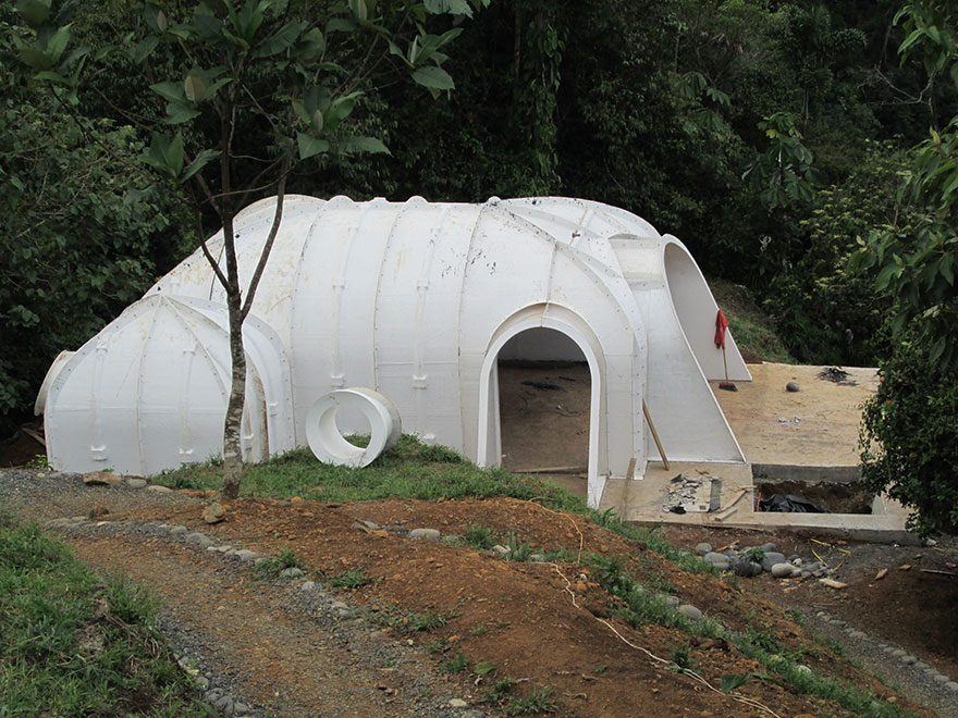 Company builds pre fab hobbit houses in 3 days and you can for Eco home kits