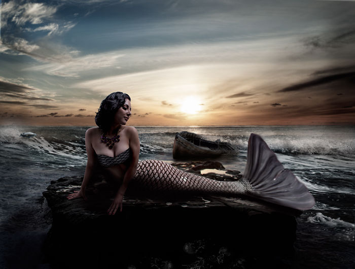 I Chase Mermaids With My Camera.