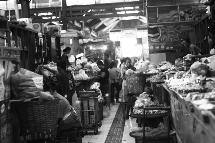 I Took A Photohunt To A Local Traditional Market That Changes My Perspective Forever