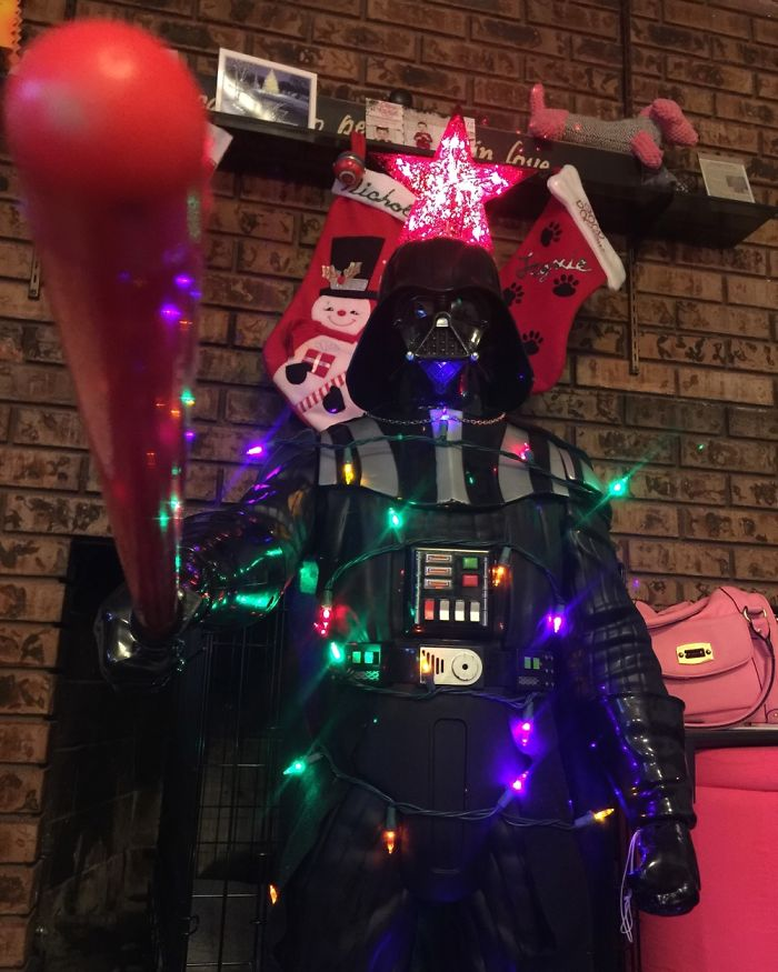 Welcome To The Dark Side Of Christmas! #starwars