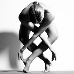 Nude Yoga Girl Transforms Her Body Into Art Without Breaking Instagram's No Nudity Rules