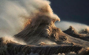 Liquid Mountains: I Captured Lake Erie On The Day It Came Alive And Showed Its True Power